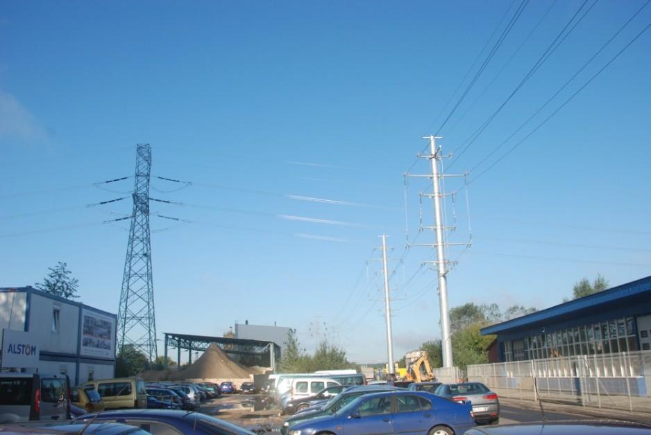Niekonwencjonalne skrzyżowanie linii napowietrznych 110 i 400kV
