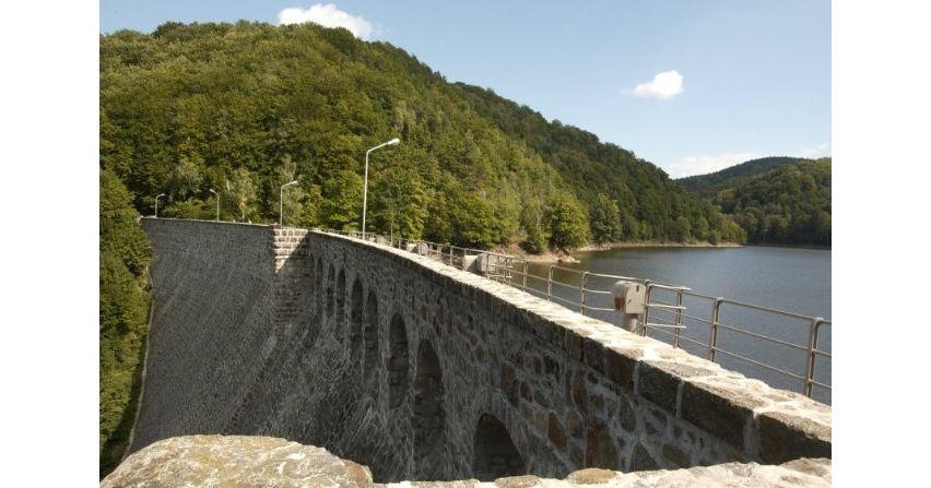Stuletnia elektrownia wodna i jej rezerwa