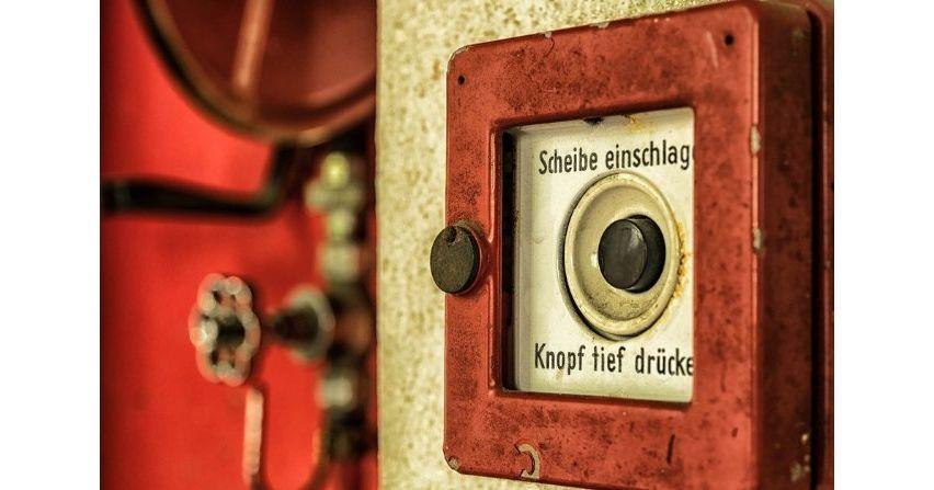 Norma 12101-10 a zasilanie urządzeń pożarowych