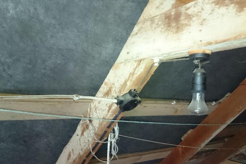 Prowadzenie instalacji w starym budynku