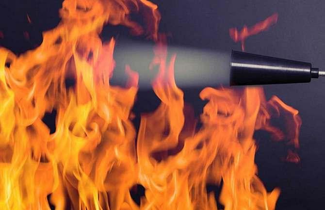 Zagrożenia dla bezpieczeństwa ciągłości zasilania obiektów o znaczeniu krytycznym - analiza niezawodności wyzwalaczy w przeciwpożarowym wyłączniku prądu