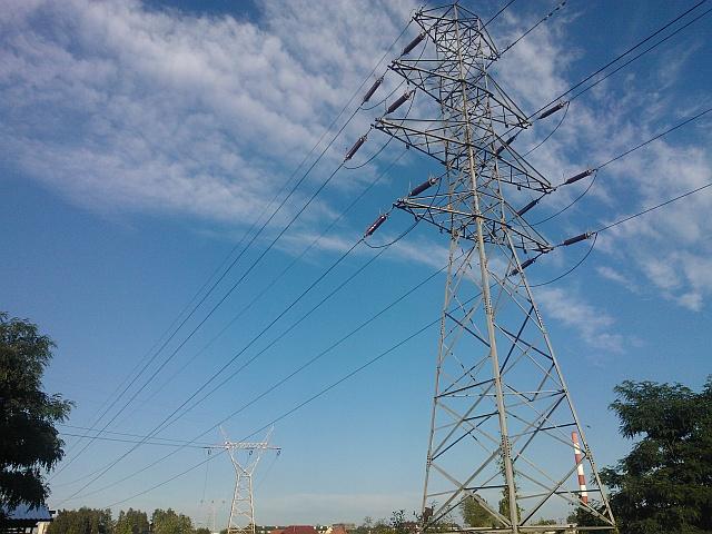 Nowy ciąg linii elektroenergetycznych NN na północy Polski