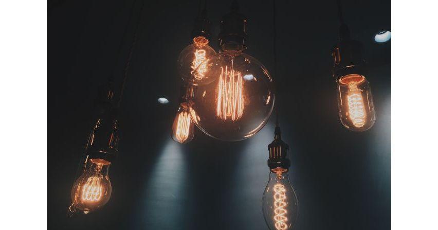 Elektryka w domu - jak gustownie oprawić instalację?
