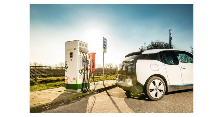 W Holandii powstanie 4,5 tys. publicznych punktów ładowania pojazdów elektrycznych