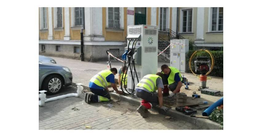 W Siedlcach powstały pierwsze stacje ładowania samochodów elektrycznych