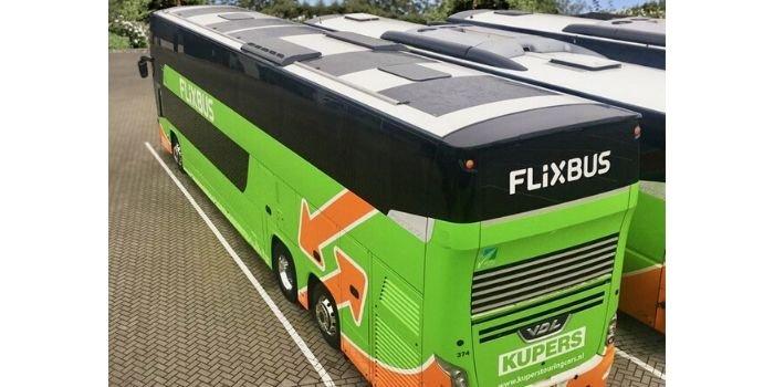 FlixBus testuje pierwszy na świecie autobus dalekobieżny zasilany energią słoneczną