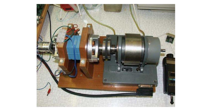 Pomiary oraz obliczenia parametrów silnika reluktancyjnego przełączalnego