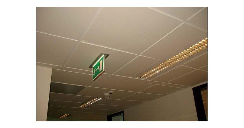 Projektowanie systemów oświetlenia awaryjnego - zagadnienia wybrane i ostatnie zmiany