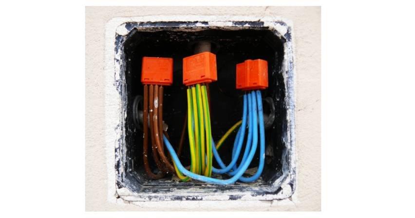 Tradycyjne oraz alternatywne sposoby łączenia i napraw kabli elektroenergetycznych SN w świetle obowiązujących aktów normatywnych