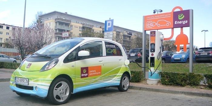 Energa zainstalowała kolejne stacje ładowania EV