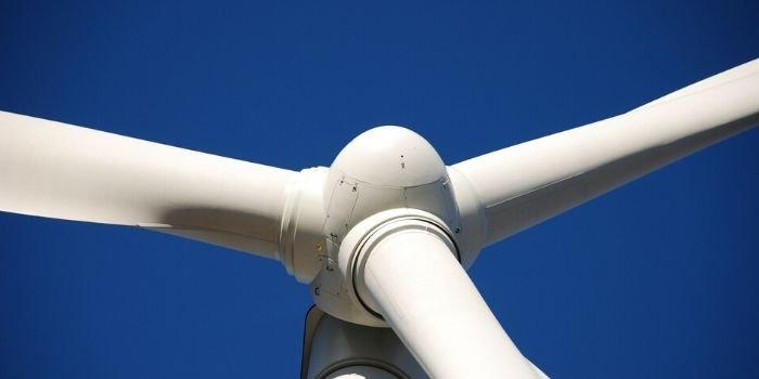 Większość europejskich fabryk turbin wiatrowych i komponentów nadal działa
