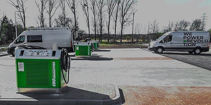W Koninie pojawiły się stacje ładowania autobusów elektrycznych