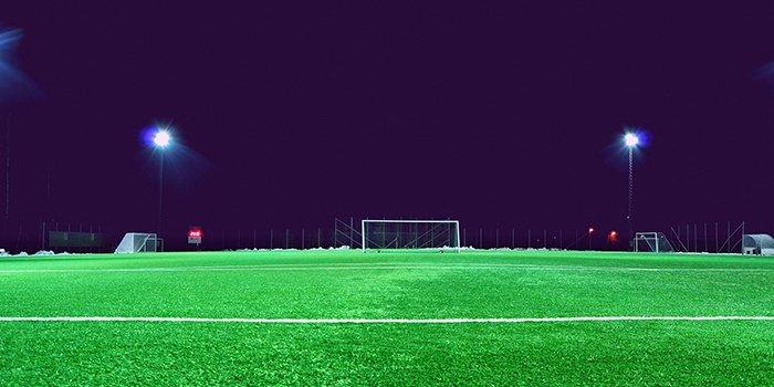 Oświetlenie boisk sportowych