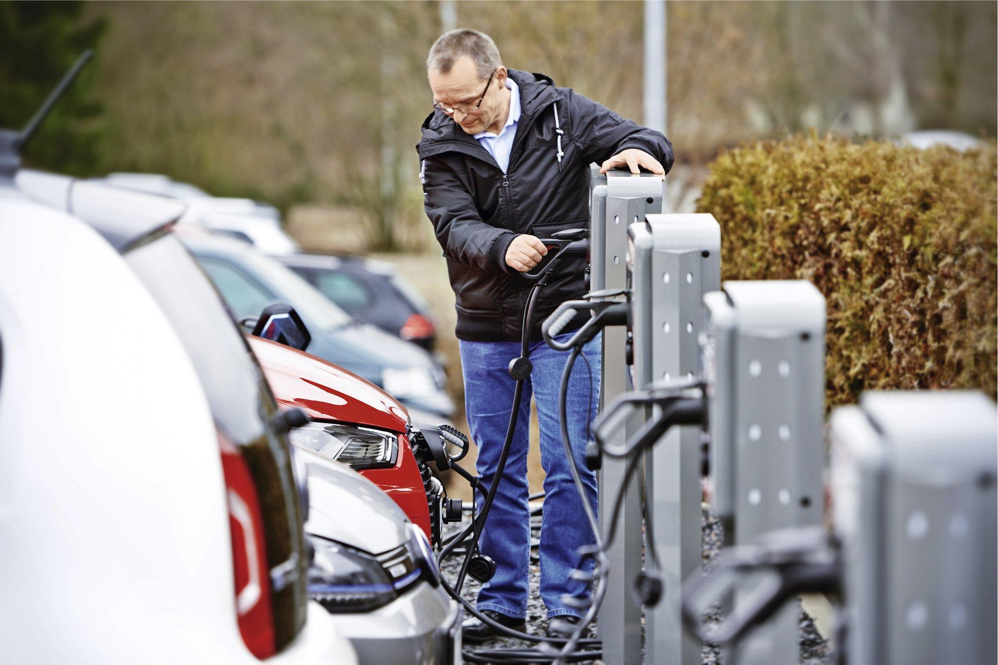 Ochrona przeciwporażeniowa stacji ładowania pojazdów