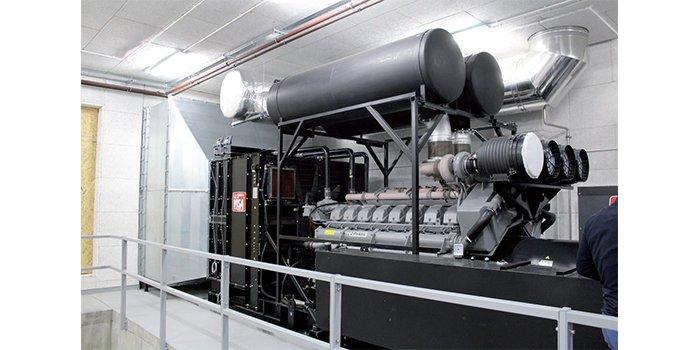 Zastosowanie zasilaczy UPS i zespołów prądotwórczych w centrach przetwarzania danych