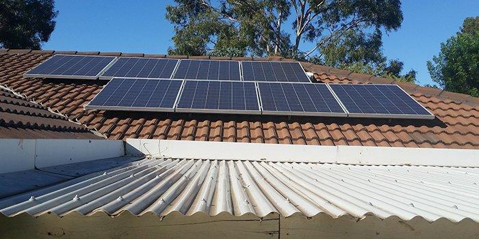 Panele fotowoltaiczne na dachu PGNiG