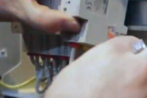 Diris Digiware: Jak przeprowadzić montaż punktów pomiarowych w istniejącej instalacji