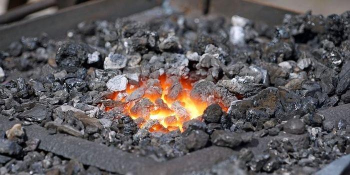 W PEP węgiel będzie miał maks. 56% udziału w produkcji energii w 2030 r.