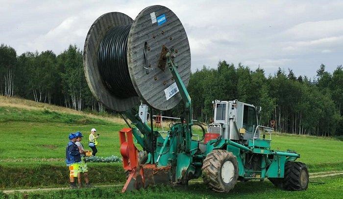 Technologia płużenia kabli wkracza do polskiej energetyki