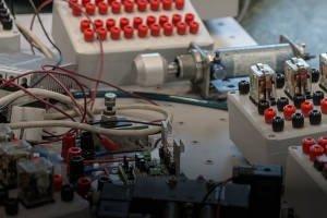 Gdzie szukać pomocy przy instalacjach elektrycznych silno- i słaboprądowych oraz automatyki?