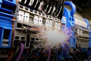 Rozdzielnice elektryczne - jak wybrać właściwą?