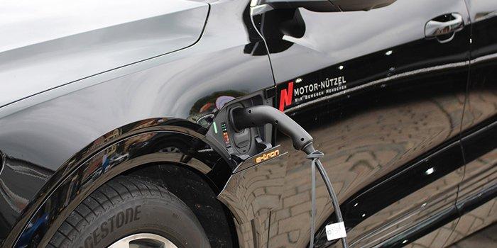 Zmiany w zakresie elektromobilności wynikające z projektów ustaw i rozporządzeń