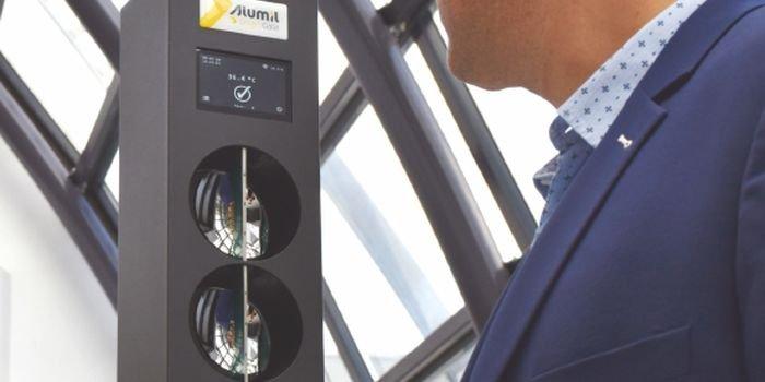 Natychmiastowy pomiar temperatury z bramką Smart Gate