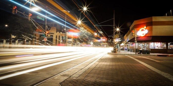 Modernizacja oświetlenia pozwoliłaby zaoszczędzić 1168 mln zł rocznie