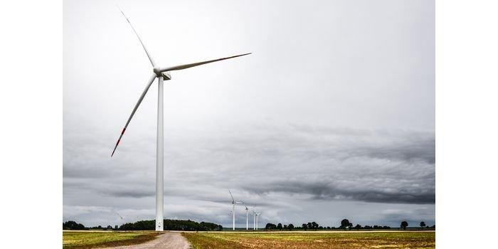 Farma wiatrowa PGE rozpoczęła świadczenie usługi ARNE