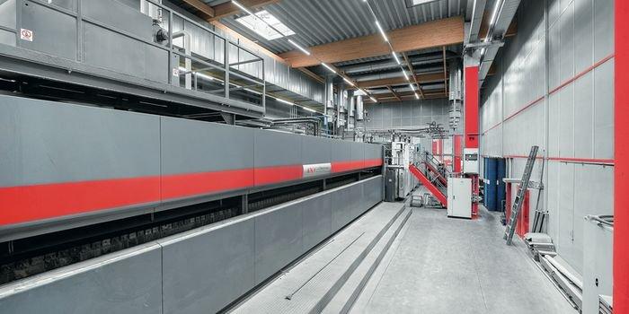 Zumtobel Group zaprasza na webinar dotyczący oświetlenia przemysłowego
