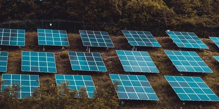 Photon Energy zwiększa portfel projektów fotowoltaicznych