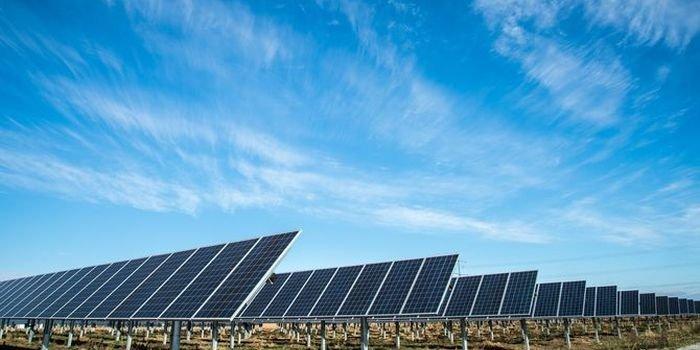 Analiza URE: coraz mniej sterowalnych źródeł mocy
