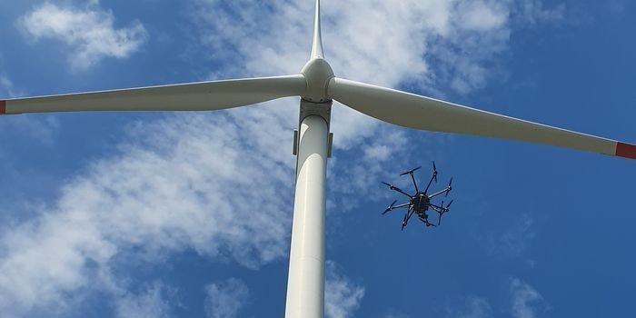Test autonomicznego drona do monitorowania turbin wiatrowych PGE