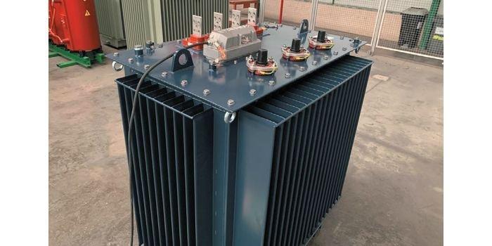 Transformator olejowy z podobciążeniowym przełącznikiem zaczepów – OLTC
