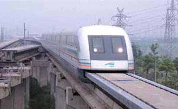 Szanghaj – kolej Transrapid z wykorzystaniem lewitacji magnetycznej