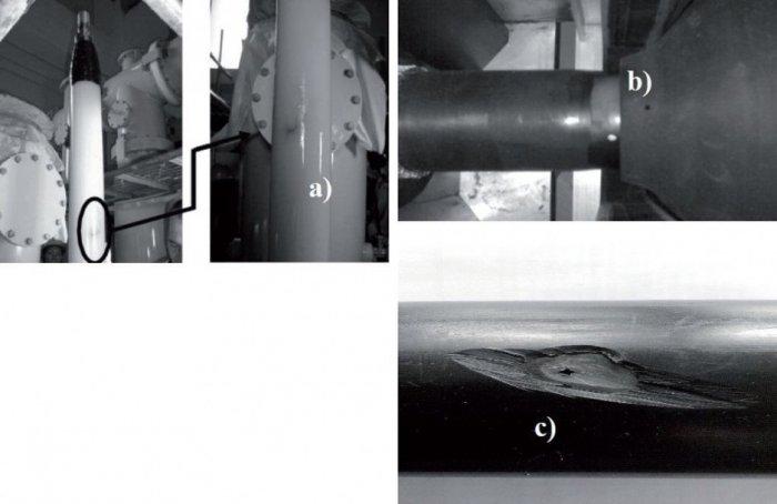 Rys. 1.   Przykładowe defekty w izolacji oraz błędy popełnione w trakcie instalacji kabli elektroenergetycznych z izolacją z polietylenu usieciowanego XLPE:  a) zanieczyszczenie powierzchni izolacji, b) nieprawidłowo okorowana  izolacja kabla – widocz.