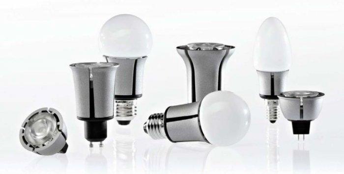 Fot. 4. Różne wykonania źródeł światła z zastosowaniem diod LED
