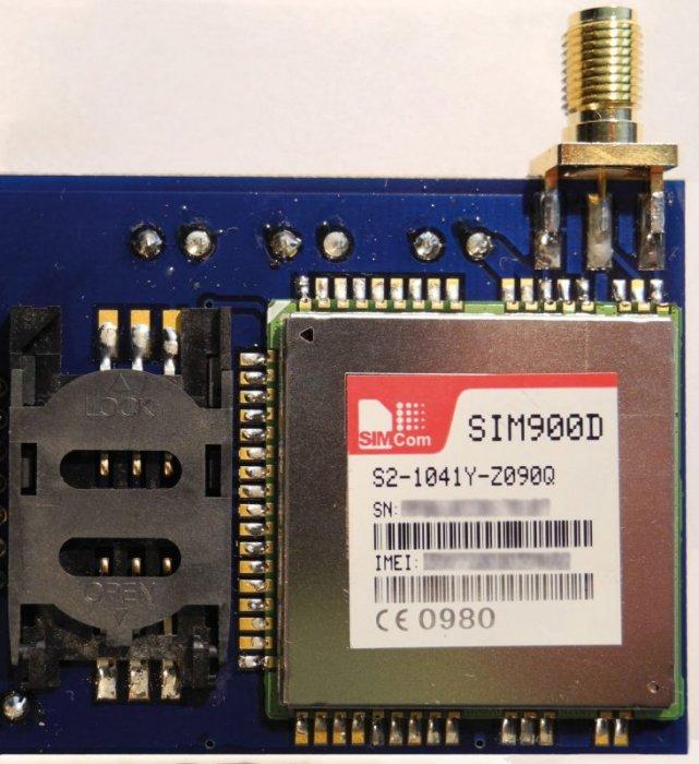 Fot. 1 Modem SIM900D zamontowany na płytce drukowanej