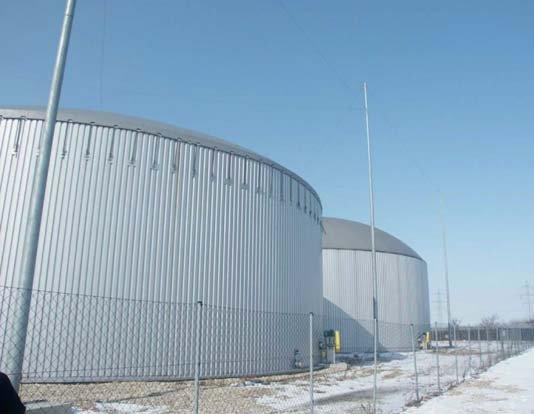 Fot. 1. Zwody pionowe do ochrony odgromowej zbiorników o grubości ścianek mniejszej od wymaganej