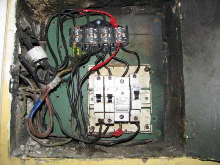 Elektryczne niechlujstwo