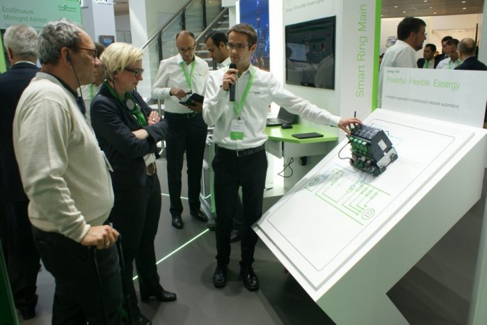 Hannover Messe - 24-28.04.2017 - prezentacja najnowszych rozwiązań Schneider Electric - systemu EcoStruxure.