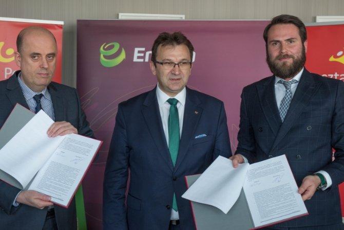 Poczta Polska rozpoczęła współpracę z Energą w ramach rozwoju elektromobilności