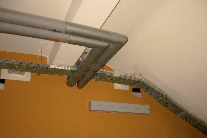 Przykład przepustów instalacyjnych EI60