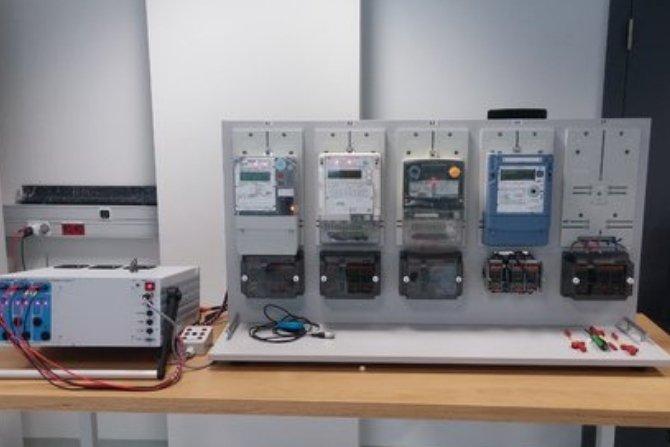 """Studia podyplomowe """"Jakość energii elektrycznej"""" na Akademii Górniczo-Hutniczej Fot. Enea Operator"""