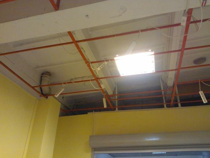 prowadzenie instalacji na suficie wp 003411 2