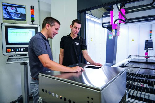 Jerome Gröning – pracownik Plenge GmbH – wprowadził do firmy Perforex LC.
