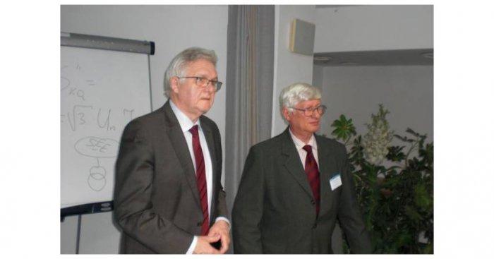 Józef Szczotka oraz Jerzy Wąsek podsumowują obrady konferencji Fot. ww
