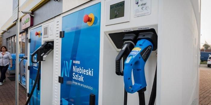 LOTOS podał ceny ładowania samochodów elektrycznych, fot. Lotos