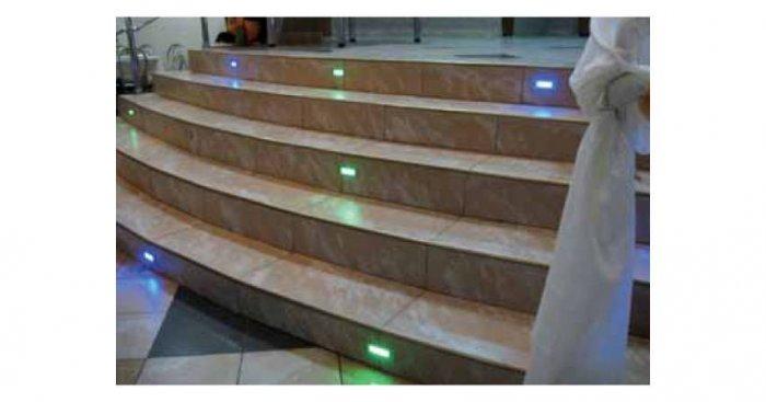 Przykładowe rozwiązanie oświetlenia przeszkodowego schodów K. Kuczyński