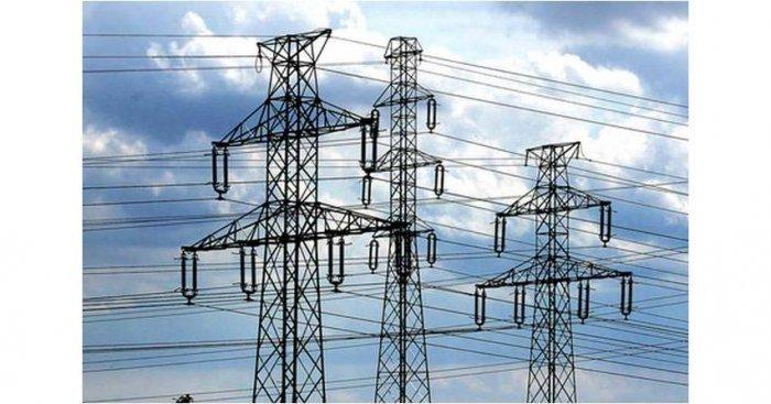 W artykule scharakteryzowano wybrane zagadnienia związane z zabezpieczeniami odległościowymi linii elektroenergetycznych wysokich i najwyższych napięć. Fot. arch. redakcji